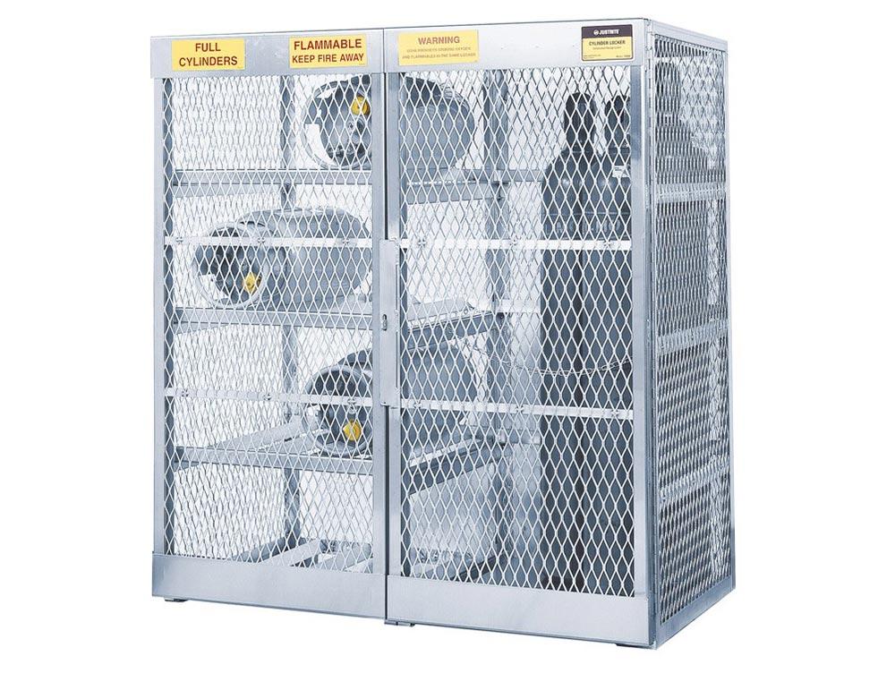 Gas Cylinder / Storage Equipment